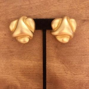 Vintage KJL Kenneth Jay Lane Gold Clip On Earrings